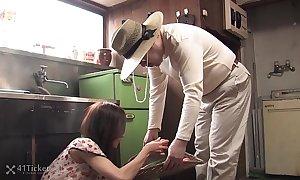 41Ticket - Shuri Maihama Blows be passed on Veggie Guy (Uncensored JAV)