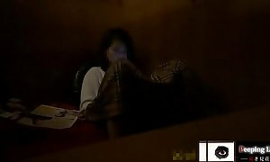 【オナニー隠し撮り】ネカフェのお隣事情② 10代清楚系と20歳くらいのギャル。