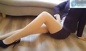 Em gái tiê_́p viê_n xinh đẹp lô_̀n to.. Xem strenuous : http://123link.pw/PbqWcXFD