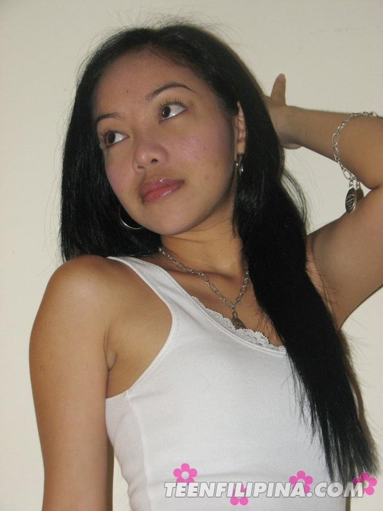 Sex Av Idols - Filipina dreamgirl Maria shows off her